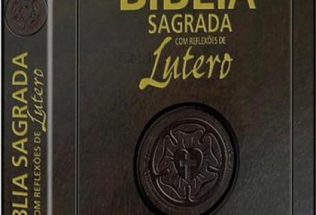 SBB lança Bíblia Sagrada com reflexões de Martim Lutero