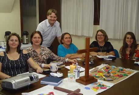 Coordenação da Educação Cristã Contínua se reúne