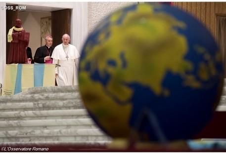 """""""Decisão corajosa"""" do Papa ir à Suécia, diz Secretário da FLM"""