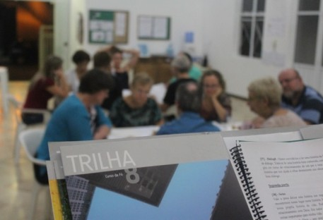 Paróquia no Vale do Paraíba realiza 4ª etapa do Trilha8