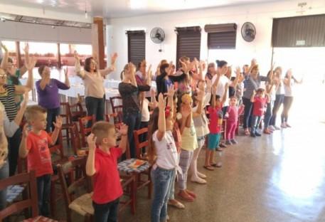 OASE de Erval Seco oferece chá de Páscoa para Culto Infantil