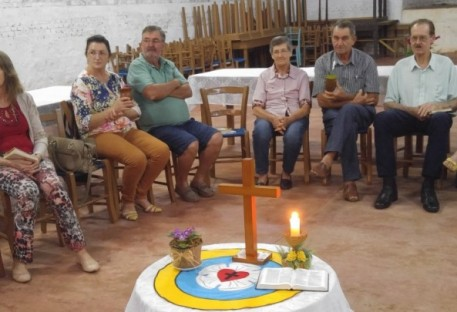 Reencontro de Casais na Comunidade de Arco Íris