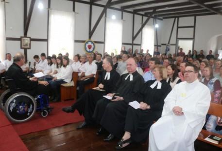Ribeirão Liberdade completa 103 anos da Comunidade e 90 anos do templo