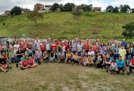 Reflorestamento de nascente é realizado pela Paróquia da Serra