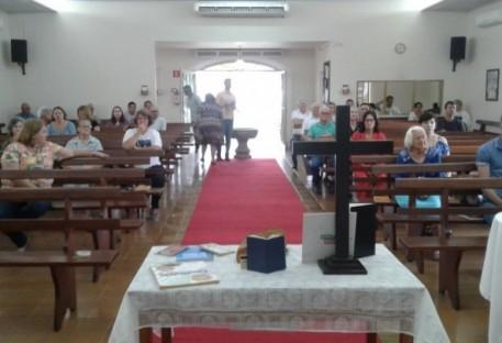 """Cosmópolis antecipa  chegada do """"Ano Novo"""""""