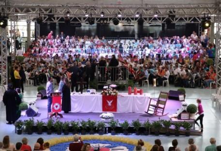 Dia da Igreja junta 7 mil pessoas em Jaraguá do Sul/SC