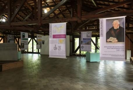 Blumenau recebe exposição da vida e obra do reformador Johannes Bugenhagen
