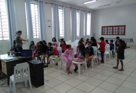 Crianças em comunhão
