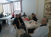 Paróquia de Rio Claro celebrando Pentecostes e comunhão