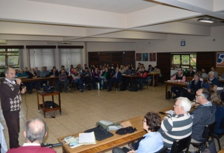 A IECLB no contexto brasileiro é tema de atualização teológica em Rodeio 12