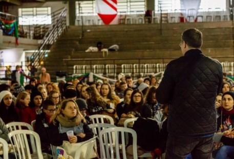 Professor da Faculdades EST Valério Schaper aborda o tema Vida Diga: Nosso Compromisso