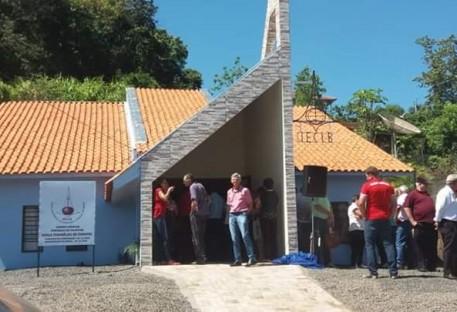 Comunidade de Cunhataí-SC inaugura sua igreja
