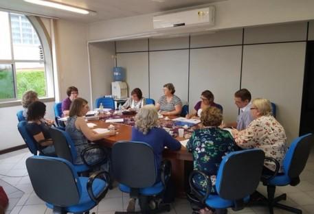 Diretoria da OASE Nacional encontra-se em Blumenau/SC