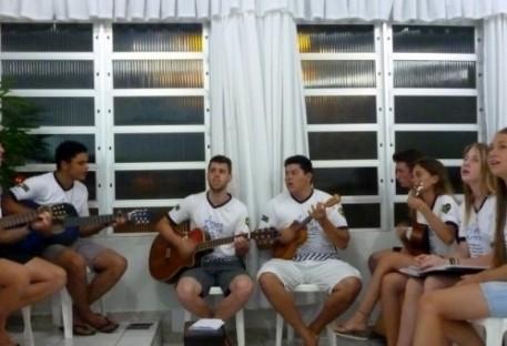 Los hermanos del Paraguay...