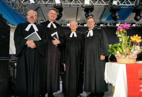Tradição do culto em Pommerplat se repete
