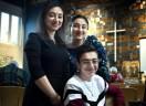 Pastor holandês elogia a fé de família de refugiados armênios