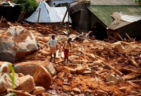 Solidariedade com o Povo de Moçambique