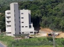 Vale do Itajaí retoma obras para a conclusão da sede sinodal
