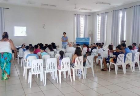 Instruindo as crianças na fé
