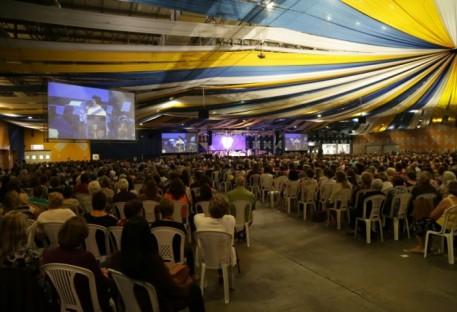 Culto com a Pastora Presidente da Igreja Evangélica de Confissão Luterana no Brasil, Silvia Beatrice Genz, encerra Encontro Nacional da OASE