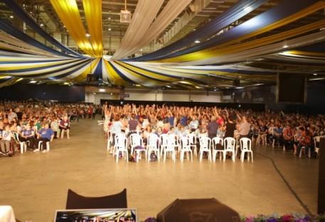 Abertura do Encontro Nacional da OASE reúne 3,5 mil pessoas no Parque Vila Germânica em Blumenau