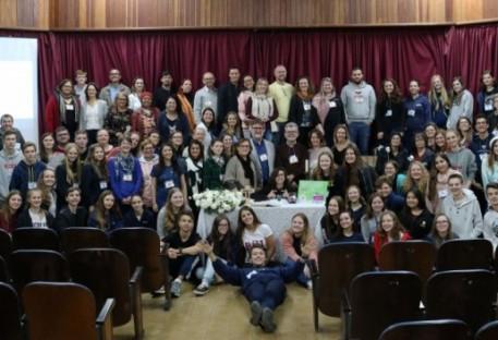 Educando para a solidariedade e paz