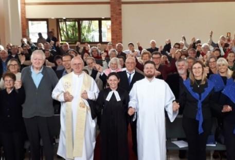 Comunidade São Lucas celebra a SOUC com irmãs e irmãos na fé!