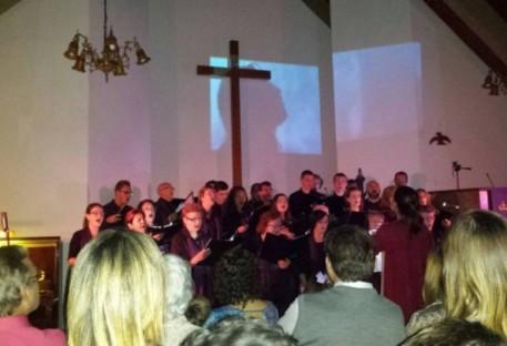 Oficina com crianças e cantata marcam a Semana da Paixão na paróquia Cristo Salvador - Curitiba