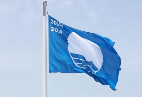 """Praia de Palmas tem """"Bandeira Azul"""" na temporada 2015/2016!"""