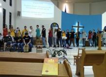 Culto com participação dos jovens
