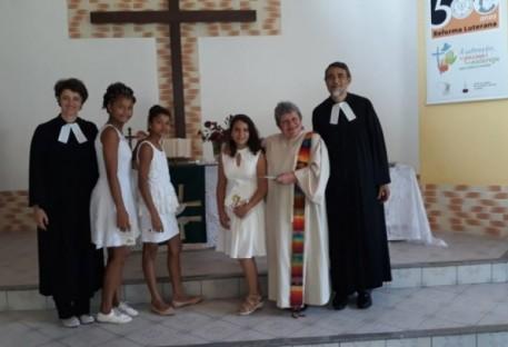 Batismo e Confirmação na Comunidade em Fortaleza/CE