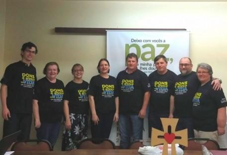 Dia da Igreja - diretoria vestindo a camiseta