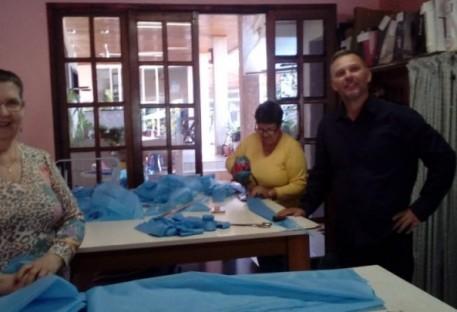 Comunidade Evangélica Santa Rosa/RS faz doação de aventais e máscaras