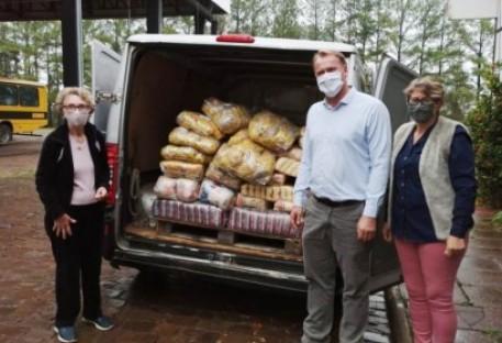 OASE do Sínodo Vale do Taquari doa mais de uma tonelada de alimentos e produtos de higiene
