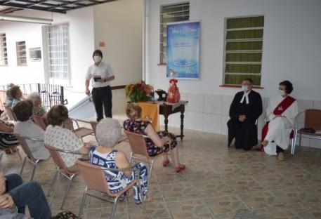 P. Nilson e Diác. Hildegard Mathies são enviados para o tempo de ministro e ministra emérito/a