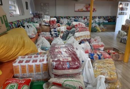 8,5 (12,1) toneladas de alimentos pelos 85 anos do Colégio Sinodal