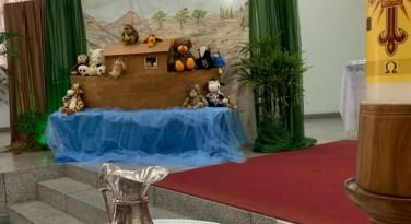 Emoção na Celebração do Aniversário de Batismo