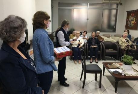 Pastoral da Pessoa Idosa do Vale do Itajaí realiza ações em ancionatos e casas de repouso