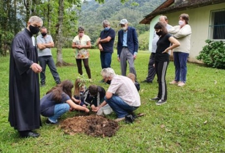 Outubro é o mês da diaconia no Vale do Itajaí